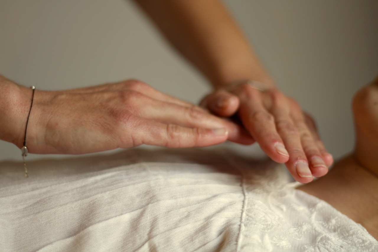 La démangeaison de la peau du cou et la tête de la raison le diagnostic le traitement